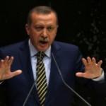 Турција – со владин декрет остранети 350 полицајци