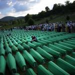 Негирањето на геноцидот во Сребреница стана кривично дело во БиХ