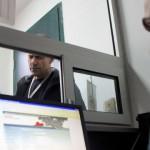 Барателите на азил ги ставаат визите на тест