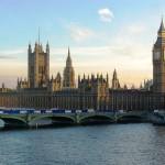 Велика Британија го распушта парламентот и почнува изборната кампања