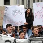 Владата попушти – нема задолжителна математика за матурантите