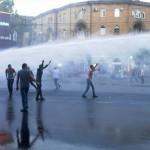 Продолжуваат протестите против поскапената струја во Ерменија