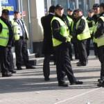 Македонските полицајци ќе добијат летни панталони