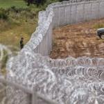 Поминаа само 25 години од падот на Берлинскиот ѕид, а Европа гради нови ѕидови