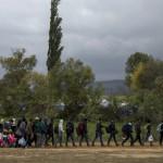 Зголемен прилив на мигранти, во Гевгелија влегле речиси шест илјади