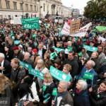 """Опозициската """"Право и правда"""" победи на парламентарните избори во Полска"""