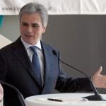 Австрискиот канцелар до Германија: Преземeте ги мигрантите од Грција