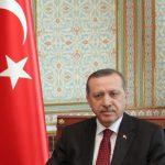 Поранешната мис на Турција осудена поради навреда кон Ердоган