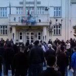 Демонстранти од Битола повикани во полиција за шарање на Општината