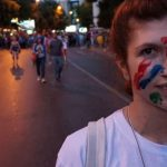 """Приведени, па пуштени Богоевски и Спировска, демостранти на """"Шарената револуција"""""""