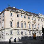 Австрискиот уставен суд ги поништи претседателските избори