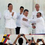 По повеќе од половина век пишан историскиот мировен договор во Колумбија