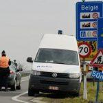 Белгиски полицајци враќале мигранти во Франција и биле уапсени