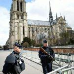 Во Париз уапсени три жени за веројатно планирање напад