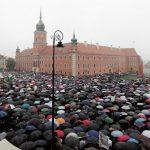 Илјадници Полјачки протестираа  против предложениот Закон против абортус