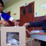 Колумбијците на референдумот го одбија мировниот договор