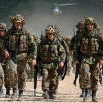 НАТО ја покачи воената готовност на над 300 илјади војници