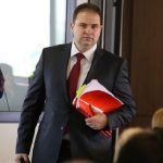 Владимир Панчевски изнесува документација од судот