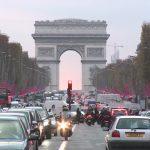 Париз водведе нови мерки во сообраќајот поради загадениот воздух