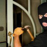 Ограбени продавници во Битола и Скопје, куќа во Пробиштип, викендица во Банско…