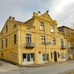 Фрлен молотов коктел врз Музејот на албанската азбука во Битола