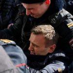 ЕУ и САД ja повикаа Русија веднаш да ги ослободи приведените демонстранти