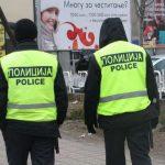 Млади лица и деца нападнати во слаткарница и пред билетарница на ЈСП