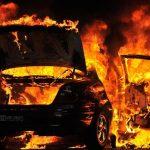 Опожарено возило на паркинг во Скопје