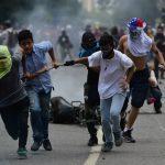 Венецуела: Шест лица убиени при протестите против изборите за уставотворно собрание