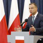 Дуда ќе стави вето на контроверзните судски реформи во Полска