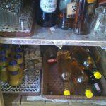 Царината заплени цигари, домашна ракија и облека