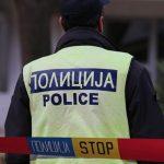 Прилепчанец сакајќи да избега со возилото удрил полицаец