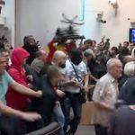 ВМРО-ДПМНЕ бара да бидат помилувани насилниците од Собранието