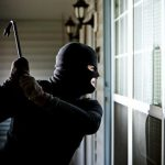 Тешка кражба во стан во Битола – украдени накит, лаптоп и 45.000 денари