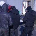 """Осуммина мигранти пронајдени во """"ауди"""" кај Гевгелија"""