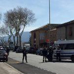 Убиен напаѓачот кој држеше заложници во супермаркет во Франција