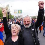 Продолжуваат апсењата на протестите на опозицијата во Ерменија