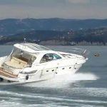 Фрлиле 2,5 тони дрога во Јадранското Море и побегнале