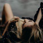 Девојки во Охрид биле измамени дека ги фотографираат за модели, завршиле на сајт за контакти