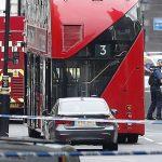 """Полицијата уапси """"осомничен терорист"""" по инцидентот кај британскиот Парламент"""