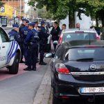 Напаѓач со нож прободел полицаец во парк во Брисел