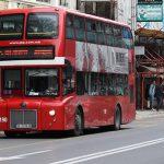 Две лица истепале дете во автобус на ЈСП затоа што случајно се удрило во нив