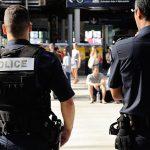 Сириец уапсен во Франција за тероризам откако се обидел да се запали во воз