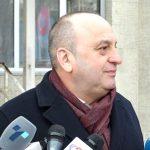 """Снимка од """"Тортура"""": Бошкоски повторно донесен на паркингот пред """"Воденица"""""""