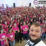 Повеќе од 3000 дами, торта од 450 килограми и Влатко Лозановски – силна порака дека 8ми март е само еден ден