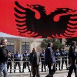 Холандските пратеници бараат воведување визи за Албанците