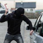 Српски државјанин обвинет за обид за тешка кражба на автомобил