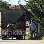 (Видео) Камион за заплена пристигна пред домот на Јанева