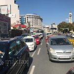 Центарот на Скопје целосно блокиран, протестира полицијата