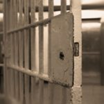 Пронајдена марихуана кај жена што била во посета на сопругот во затвор